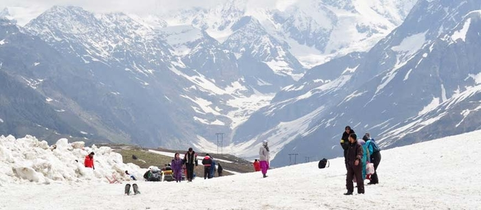 Snowy View of Rohtang Pass